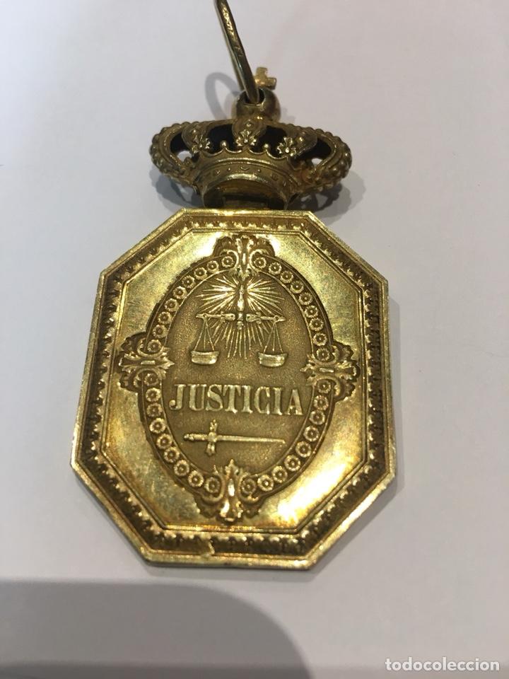 MEDALLA VENERA PARA CUELLO JUSTICIA MILITAR ALFONSO XIII (Militar - Medallas Españolas Originales )