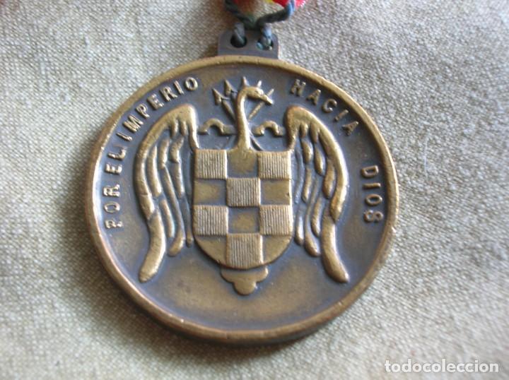 Militaria: RARA MEDALLA DEL ALBERGUE JUVENIL FRANCO. POR EL IMPERIO HACIA DIOS. PRECISO RELIEVE. - Foto 2 - 131191740