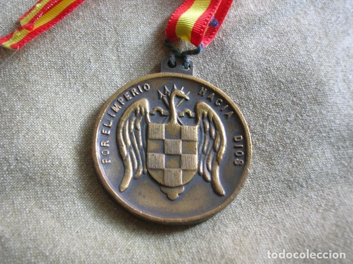 Militaria: RARA MEDALLA DEL ALBERGUE JUVENIL FRANCO. POR EL IMPERIO HACIA DIOS. PRECISO RELIEVE. - Foto 4 - 131191740