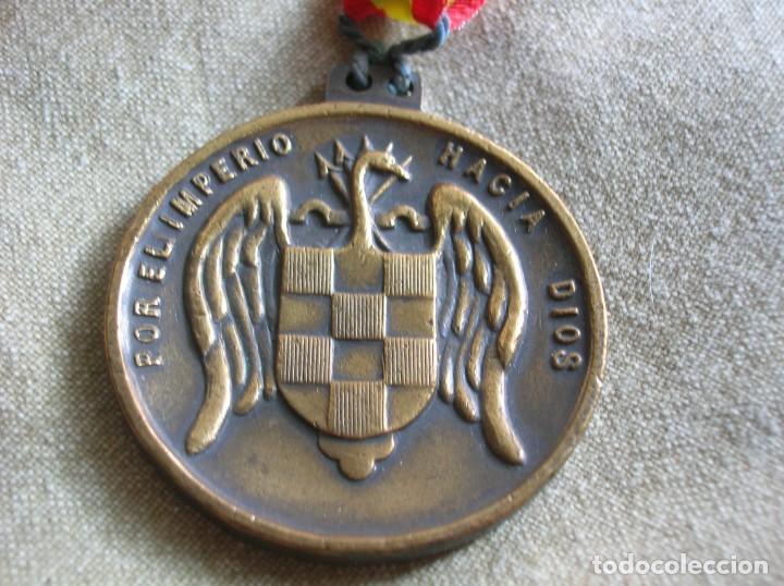 Militaria: RARA MEDALLA DEL ALBERGUE JUVENIL FRANCO. POR EL IMPERIO HACIA DIOS. PRECISO RELIEVE. - Foto 6 - 131191740