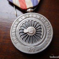 Militaria: FRANCIA MEDALLA DE LOS FERROCARRILES FRANCESES AÑO 1944. Lote 131812642