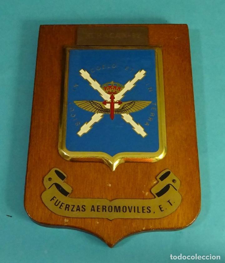 METOPA HURACAN - 82. FUERZA AEROMÓVILES, E.T.. FORMATO 14 X 20 CM (Militar - Reproducciones y Réplicas de Medallas )