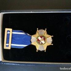 Militaria: POLICIA MUNICIPAL DE MADRID EN ESTUCHE. Lote 151575837