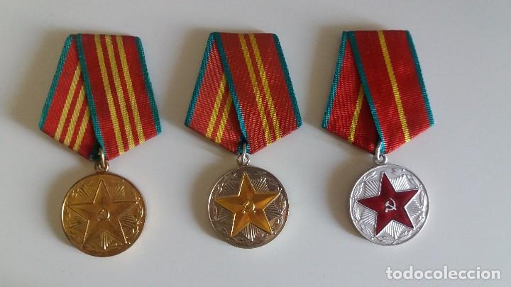 Militaria: LOTE DE 3 MEDALLA S SOVIÉTICA S SERVICIO IRREPROCHABLE 10, 15, 20 AÑOS. URSS. RUSIA - Foto 2 - 133818482
