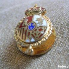 Militaria: MUY RARA INSIGNIA ESMALTADA DE SOLAPA DE SENADOR. SENADO DE ESPAÑA. EXTRAORDINARIA CALIDAD.. Lote 134914506