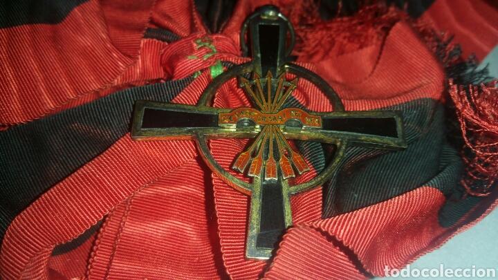 Militaria: Gran cruz y venera de la Orden Imperial del yugo y las flechas realizada en plata y onix otorgada a - Foto 5 - 135821229