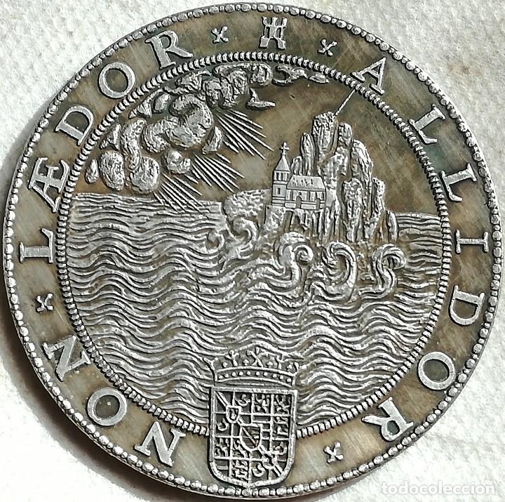 Militaria: RÉPLICA Medalla Holanda. Armada Invencible, Rey Felipe II, España. 1588 - Foto 2 - 136044270