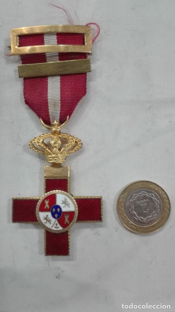 Militaria: Cruz al Mérito militar distintivo rojo - Foto 2 - 136256666