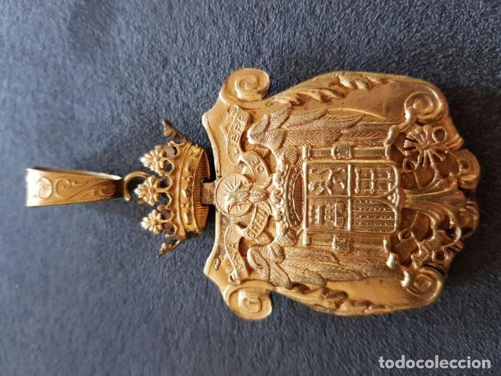 PERFUNDET OMNIA LUCE EPOCA DE FRANCO (Militar - Medallas Españolas Originales )