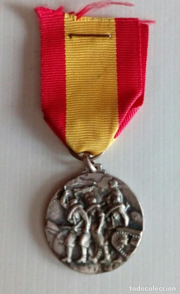 MEDALLA AL CTV POR SU PARTICIPACION GLORIOSA EN LA TOMA DE SANTANDER. (Militar - Medallas Internacionales Originales)