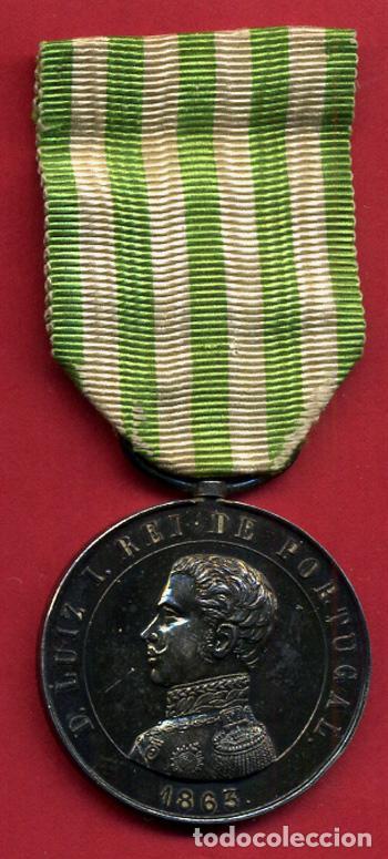 MEDALLA MILITAR PORTUGAL, D. LUIZ I REY , COMPORTAMENTO EXEMPLAR 1863 , PLATA , ORIGINAL , B24 (Militar - Medallas Internacionales Originales)