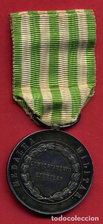 Militaria: MEDALLA MILITAR PORTUGAL, D. LUIZ I REY , COMPORTAMENTO EXEMPLAR 1863 , PLATA , ORIGINAL , B24 - Foto 2 - 139101510