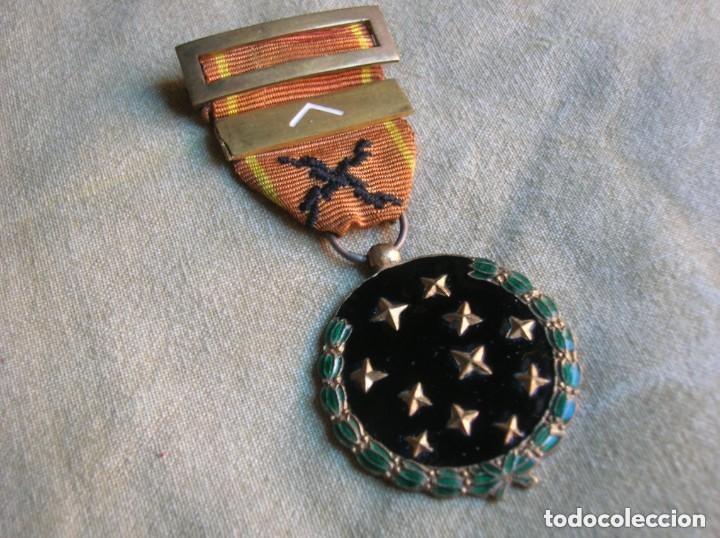 Militaria: MEDALLA FRANQUISTA DE LA VIEJA GUARDIA. REQUETES. PRIMERA LINEA. AÑO 1933. JERARCA. FALANGE - Foto 2 - 139132614