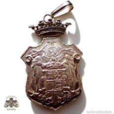 Militaria: MEDALLON DE JUSTICIA ,EPOCA DE FRANCO - EN PLATA. Lote 139299194