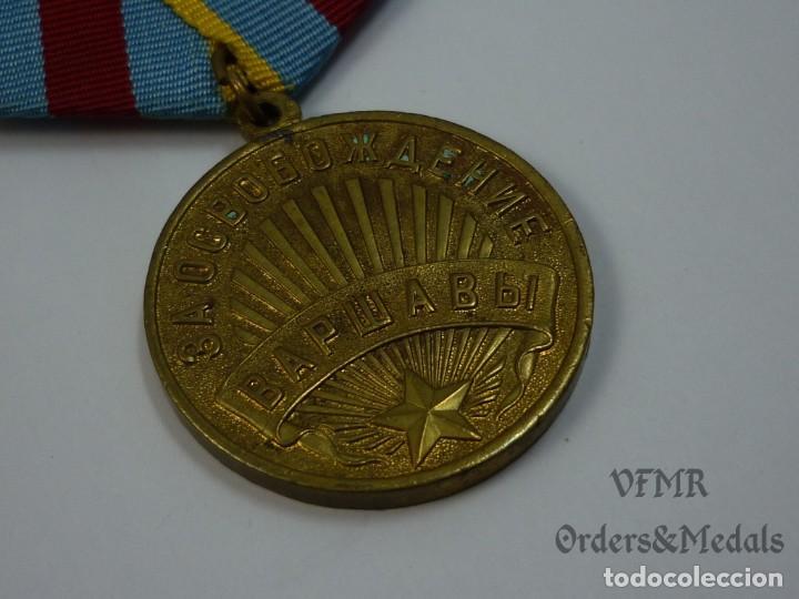 Militaria: URSS - Medalla de la liberación de Varsovia con documento - Foto 3 - 139558246