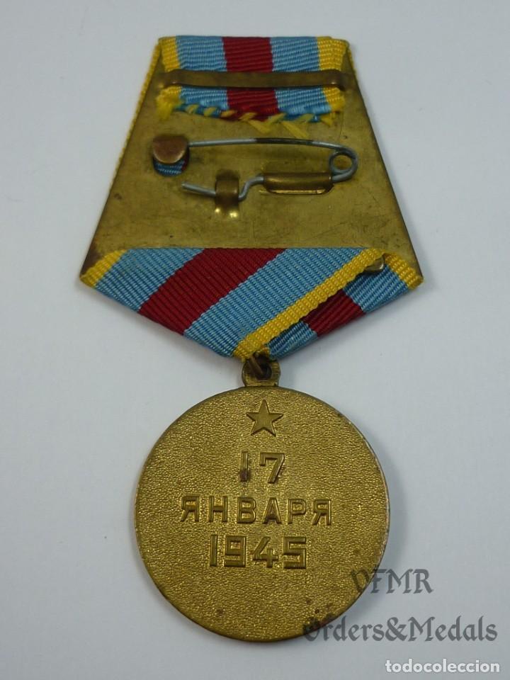 Militaria: URSS - Medalla de la liberación de Varsovia con documento - Foto 4 - 139558246