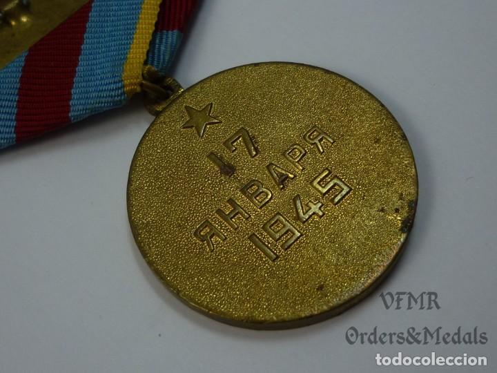 Militaria: URSS - Medalla de la liberación de Varsovia con documento - Foto 5 - 139558246