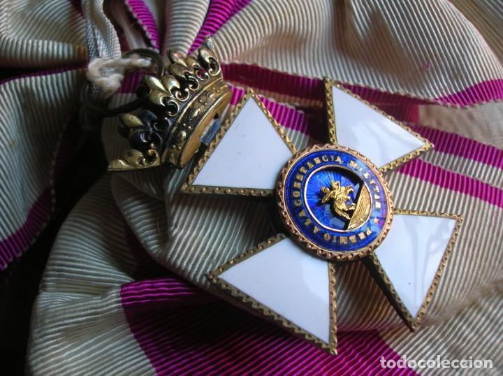MUY ANTIGUA BANDA DE MOARÉ CON SU VENERA EN PLATA DE LA GRAN CRUZ DE LA ORDEN DE SAN HERMENEGILDO. (Militar - Medallas Españolas Originales )