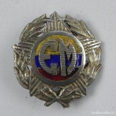 Militaria: MEDALLA TIPO INSIGNIA REALIZADA EN PLATA, EJERCITO VENEZUELA, INICIALES EM, REVERSO CON ALFILER, MID. Lote 140864926