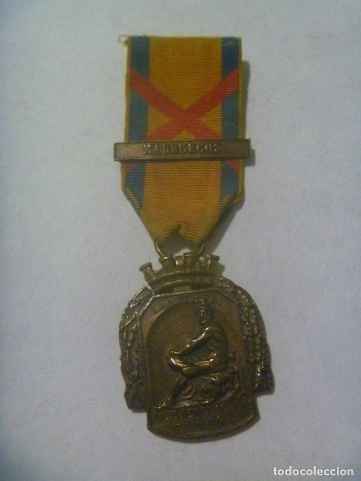 REPUBLICA : MEDALLA DE LA PATRIA AL MERITO EN CAMPAÑA , PASADOR DE MARRUECOS (Militar - Medallas Españolas Originales )