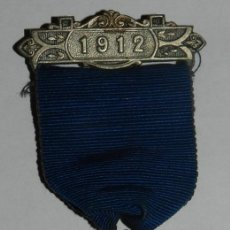 Militaria: MEDAL THE COUNTY COUNCIL OF DORSET, AWARDED FOR UNBROKEN ATTENDANCE, AÑO 1912, MIDE 3,5 CMS.. Lote 144316002