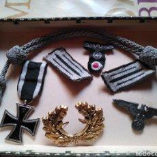 Militaria: CRUZ DE HIERRO LITZEN COCARDA AGUILA SS WERMACHT AGUILA SS ALEMANIA LOTE. Lote 171366532