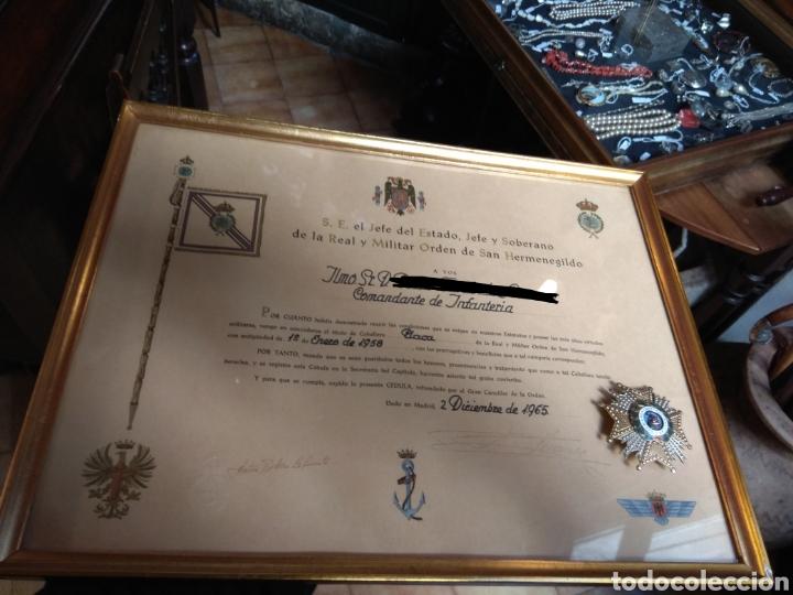 PLACA PREMIO A LA CONSTANCIA MILITAR Y DIPLOMA DE CONCESIÓN A COMANDANTE DE INFANTERÍA AÑO 1965 (Militar - Medallas Españolas Originales )