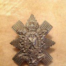 Militaria: INSIGNIA ANTIGUA 3º BATALLÓN ESCOCÉS: THE ROYAL HITCHLANDERS NEMOME IMPUNE LACESSET + BLACK WATCH.. Lote 147734346