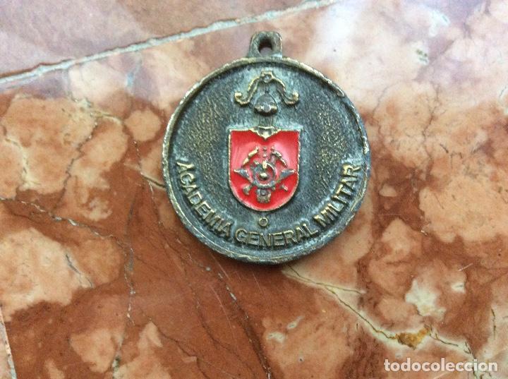 ACADEMIA GENERAL MILITAR 4CM DIÁMETRO. (Militar - Reproducciones y Réplicas de Medallas )