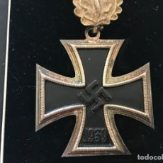 Militaria: CRUZ DE CABALLERO CON HOJAS DE ROBLE EICHENLAUB RITTERKREUZ TERCER REICH HITLER FUHRER NSDAP NAZI. Lote 149583058