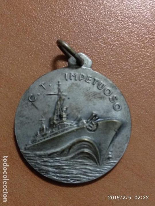 MEDALLA ITALIANA BUQUE C.T IMPETUOSO, AD ASPERA IMPETUS (Militar - Medallas Extranjeras Originales)