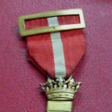 Militaria: MEDALLA ALFONSINA MÉRITO MILITAR DISTINTIVO ROJO. Lote 151116354