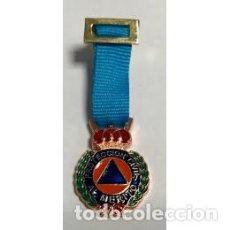 Militaria: MEDALLA MINIATURA DE PROTECCIÓN CIVIL CATEGORIA BRONCE. Lote 151572522