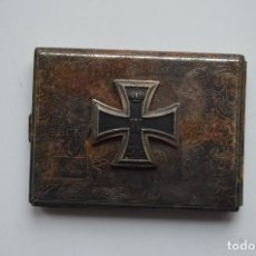 Militaria: WWII GERMAN CIGARETTE CASE IRON CROSS. Lote 151907078