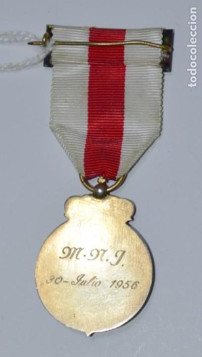 Militaria: Medalla Cruz Roja grabada en su parte posterior. In Hoc Sig-No Salus - Foto 3 - 153096914