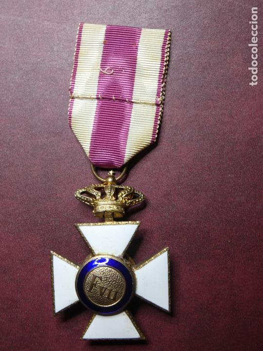 Militaria: Cruz medalla premio a la constancia militar F VII. esmalte muy buen estado. San Hermenegildo - Foto 5 - 154273282