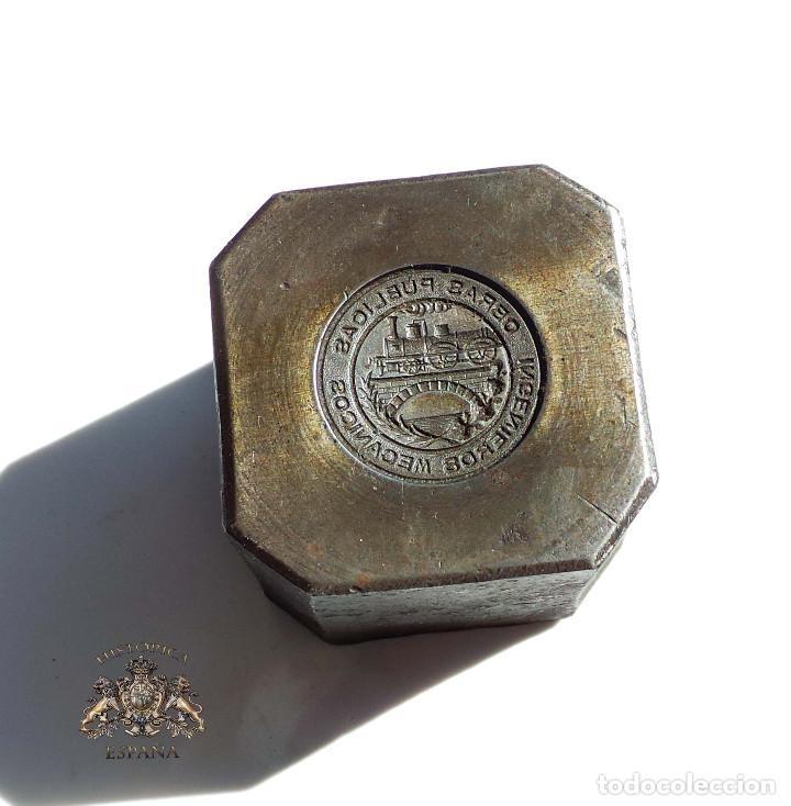 TROQUEL DISTINTIVO OBRAS PUBLICAS. INGENIEROS MECANICOS. FERROCARRIL (Militar - Medallas Españolas Originales )