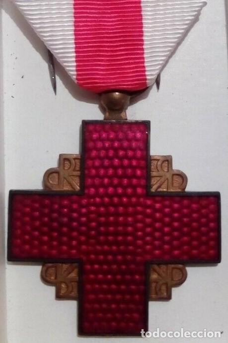 INTERESANTE MEDALLA DE LA CRUZ ROJA FRANCESA CATEGORIA BRONCE FRANCIA AÑOS 70/80 (Militar - Medallas Internacionales Originales)