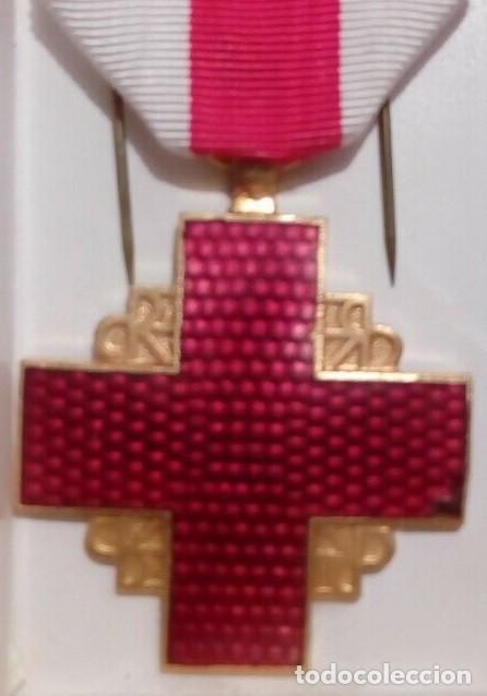 INTERESANTE MEDALLA DE LA CRUZ ROJA FRANCESA CATEGORIA ORO FRANCIA AÑOS 70/80 (Militar - Medallas Internacionales Originales)