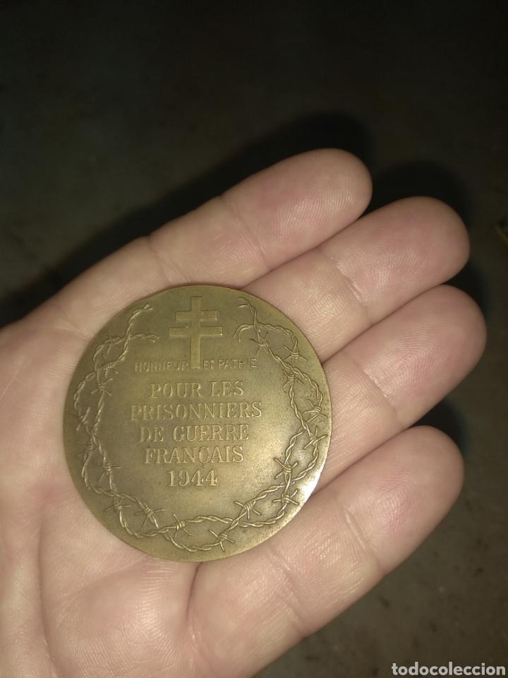 Militaria: Medalla Prisioneros de Guerra Franceses - Firmada R. Thenot 1944 - Foto 6 - 157281921