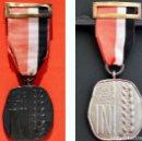 Militaria: LOTE 2 MEDALLAS ESPAÑA INI 1941-1975 CATEGORIA PLATA Y BRONCE. Lote 54321015