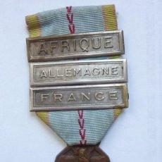 Militaria: MEDALLA COMBATIENTE SEGUNDA GUERRA MUNDIAL 1939 1945. 3 PASADORES: ÁFRICA + ALEMANIA + FRANCIA . Lote 159055142