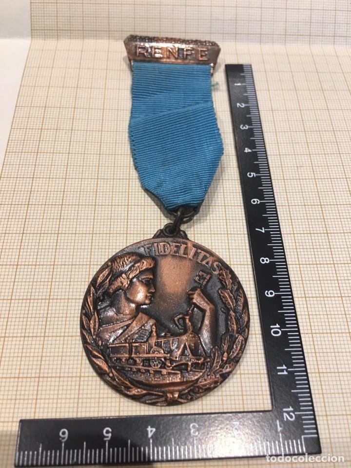 MEDALLA RENFE , CATEGORÍA BRONCE. (Militar - Medallas Españolas Originales )