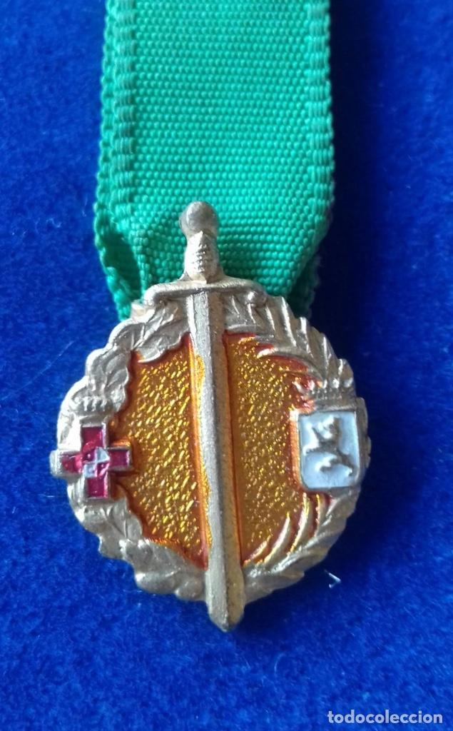 MINIATURA MEDALLA 25 AÑOS DE PAZ LEON (Militar - Medallas Españolas Originales )