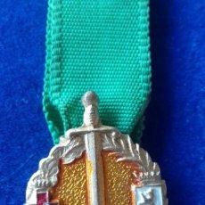 Militaria: MINIATURA MEDALLA 25 AÑOS DE PAZ LEON. Lote 160159826
