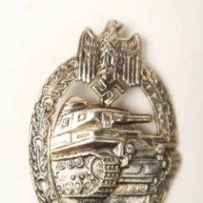 Militaria: CONDECORACION PLACA ASALTO ALEMANA CON TANQUES VERSION HUECA TERCER REICH . Lote 160621958
