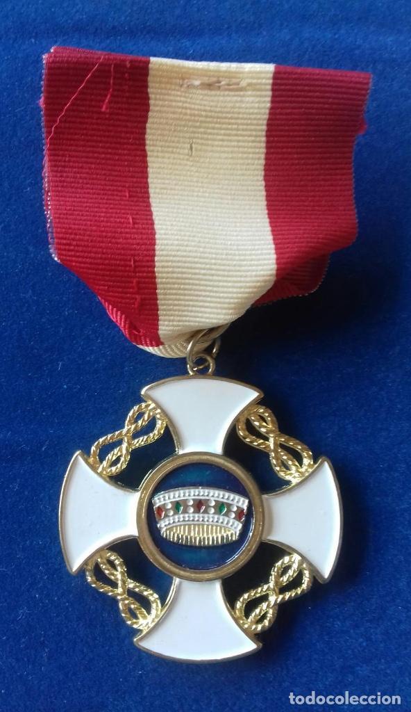 ITALIA- ORDEN DE LA CORONA DE ITALIA (Militar - Reproducciones y Réplicas de Medallas )