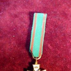 Militaria - Medalla de solapa de Caballero cubiculario de San Ildefonso y San Atilano. - 161156006