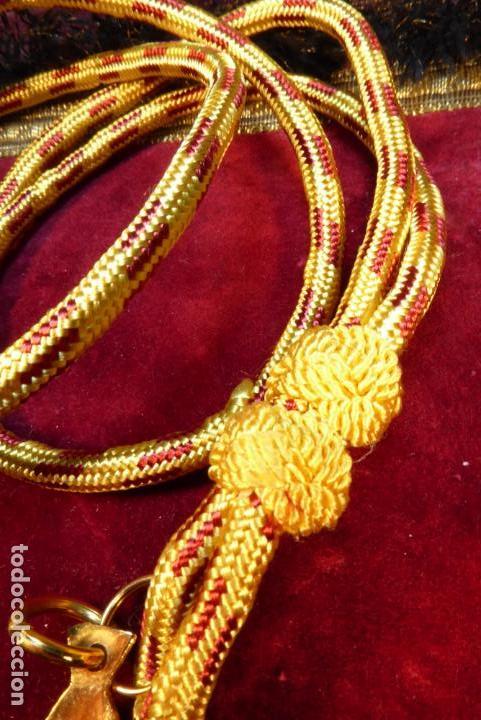 Militaria: Medalla con cruz de la orden del santo cáliz de Valencia. - Foto 4 - 161950638