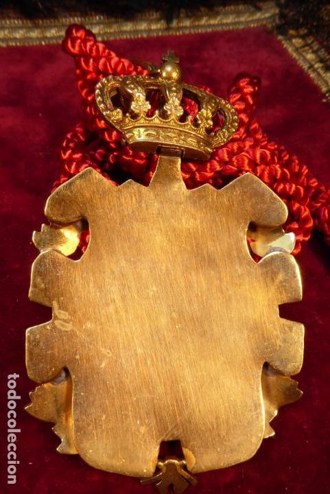 Militaria: Bella medalla de la academia de genealogía, nobleza y armas de Alfonos XIII. - Foto 3 - 161953742